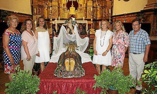 Pilar Garaña, Jero Mayans, Malena Grúa, Rafi Córdoba, Catalina Grúa y José Martínez.