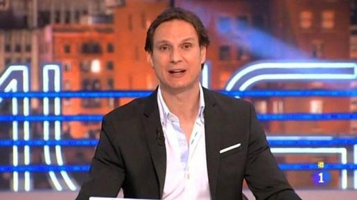 Javier Cárdenas durante la emisión de un programa.