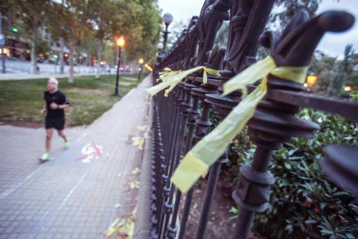 Paseo Pujades de Barcelona donde una mujer ha sido supuestamente agredida cuando retiraba lazos amarillos.