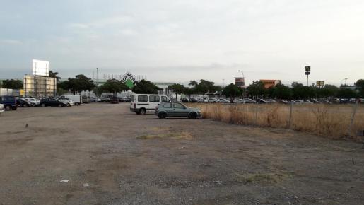 Estado en el que ha quedado un solar de la calle Maria Ferret, en Cas Capiscol.