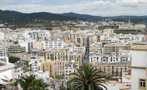 Imagen de viviendas en la ciudad de Ibiza.