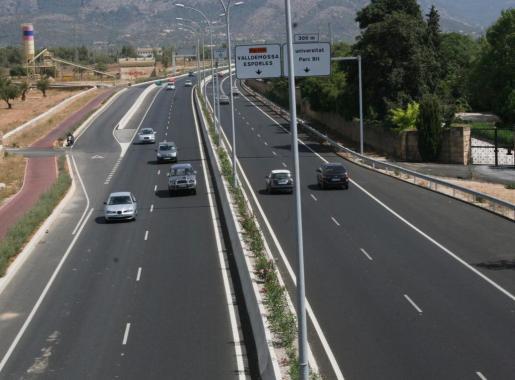 Mediana de la carretera de Valldemossa.