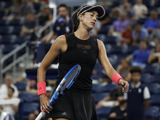 La tenista española reacciona en su partido ante la checa Karolina Muchova en el Centro Nacional de Tenis USTA, en Flushing Meadows.