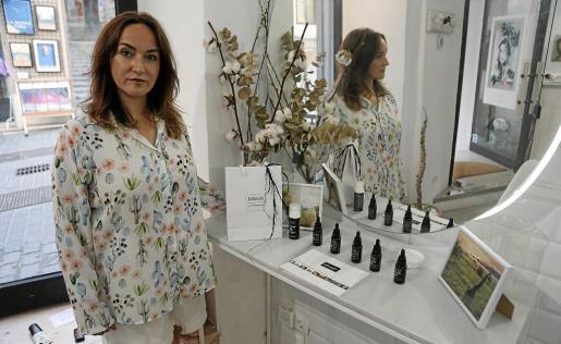 Antonia Álvaro, propietaria de Sublime Oils Phytocosmetics, empresa que fundó hace dos años en Palma.