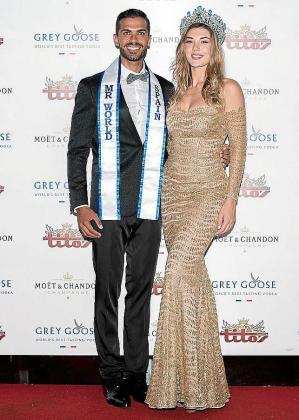 El ganador del concurso, el andaluz Daniel Torres, con la bella mallorquina Eli Tulián, Miss World Spain 2017.