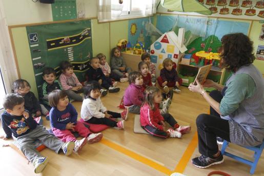 Camargo ha recordado que el Consell de Govern aprobó recientemente destinar 2,1 millones de euros a la red pública de escuelas infantiles.