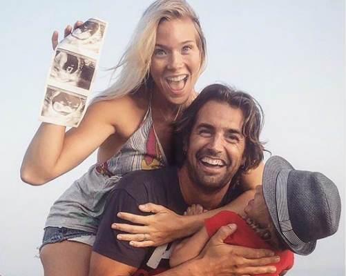 Imagen con la que Álex Adrover y Patricia Montero han anunciado que esperan su segundo hijo.