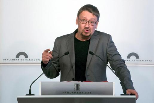 El líder de Catalunya en Comú, Xavier Domènech, durante una rueda de prensa.