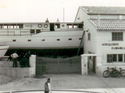 Ports de les Illes Balears ordenó el cese de Astilleros Cabanellas tras 59 años. La propiedad recurre el final de su concesión y ofrece crear un museo de 'mestres d'aixa' en las instalaciones.