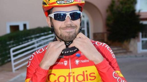 Imagen de Jesús Herrada con el maillot de campeón de España.