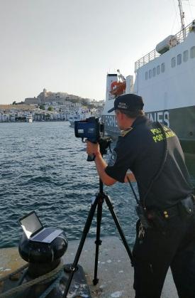 La APB instala radares para controlar la velocidad de los barcos en los puertos de Ibiza y Formentera.