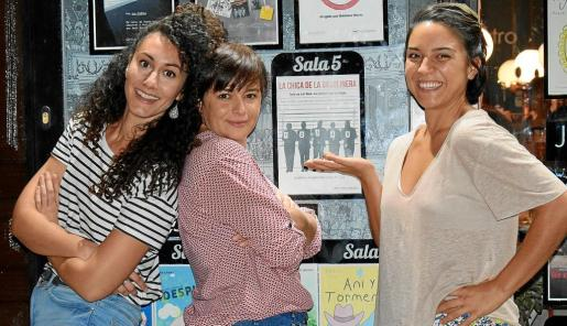 Lucía Sánchez Cervera, Aina de Cos y Neus Cortès, el pasado miércoles en la sala Microteatro por Dinero de Madrid.