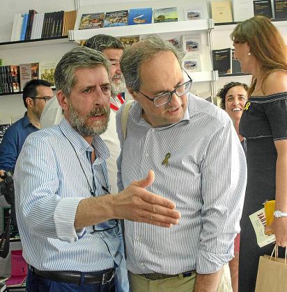 Francesc Rotger, director del IEB, con Quim Torra.