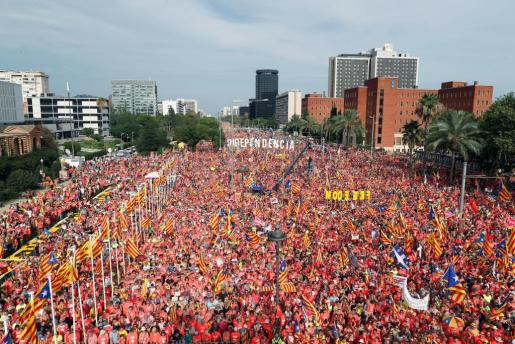 Vista general de la manifestación independentista convocada para este martes por la ANC con motivo de la Diada del 11 de septiembre, que recorrere las calles de Barcelona.