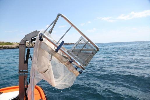 Diariamente se han retirado 430,94 kilos de basura de la costa.