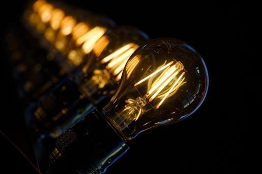 El precio de la luz alcanzará este miércoles un nuevo máximo anual