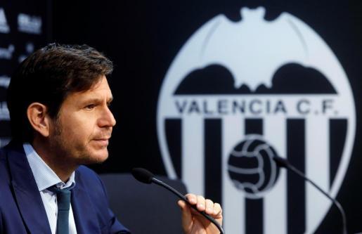 El director general del Valencia CF, Mateu Alemany, durante la rueda de prensa ofrecida en Mestalla.