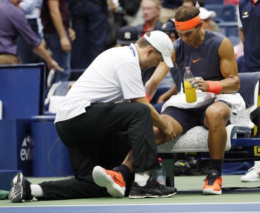 Imagen correspondiente al partido de Rafael Nadal ante Juan Martín del Potro en la última edición del US Open, partido que tuvo que abandonar por molestias en la rodilla.