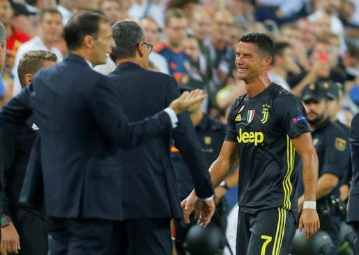 Cristiano Ronaldo se retira entre lágrimas del estadio de Mestalla.