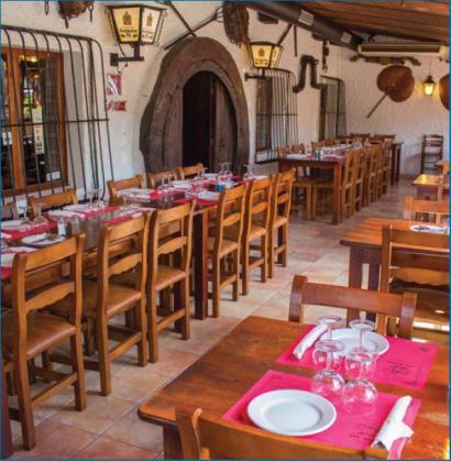 El restaurante Ca'n Torrat es conocido por su excelente carne a la parrilla.