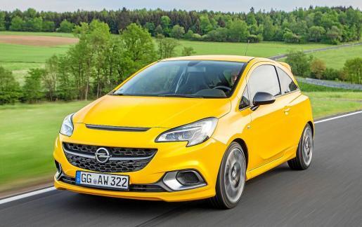 Opel lanza el nuevo Corsa GSi que llega al mercado con un rotundo y dinámico diseño de líneas nítidas y depuradas, un potente motor de 150 CV junto a un chasis OPC y frenos puestos a punto en el circuito Nordschleife de Nürburgring