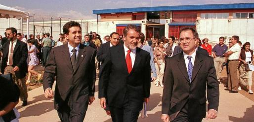 Jaume Matas vuelve, de forma temporal, a la cárcel que inauguró hace veinte años, esta vez como interno. En 1999 era president del Govern y asistió a la apertura del centro junto al entonces ministro de Interior, Jaime Mayor Oreja.
