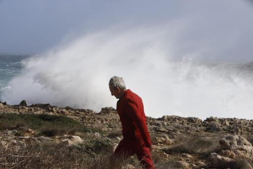 Los fenómenos costeros marcan la atención en lo meteorológico.