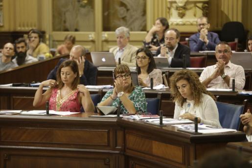 Imagen del pleno del Parlament.