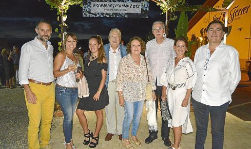 Toni Martorell, Beatriz Díez, Aurora Bonet, Pep Sans, Ana Morro, Pere Comas, Aurora García y Xavier Bonet.