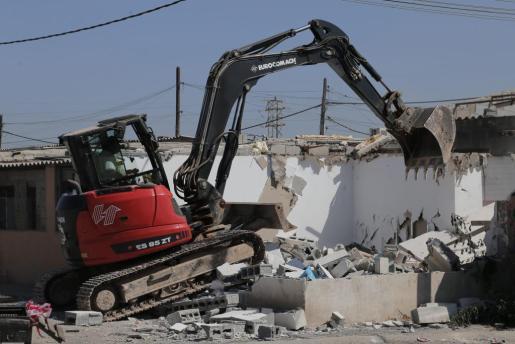 Este miércoles continuará el desmantelamiento de Son Banya con el derribo de tres viviendas