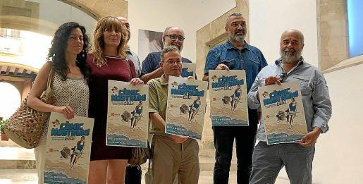 Margalida Vinyes, Neus Morey, Jaume Vaquer, Pere Joan, Jaume Martí y Rafel Vaquer, en la presentación del festival en el Casal Solleric de Palma.