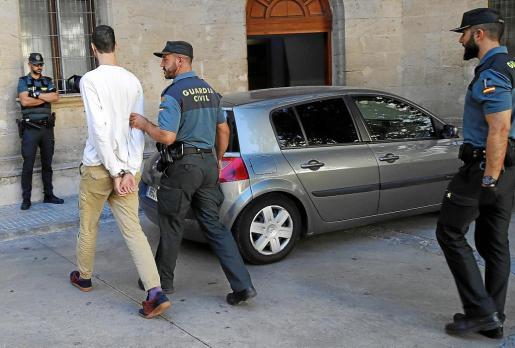 Los tres asaltantes fueron puestos este martes a disposición judicial.