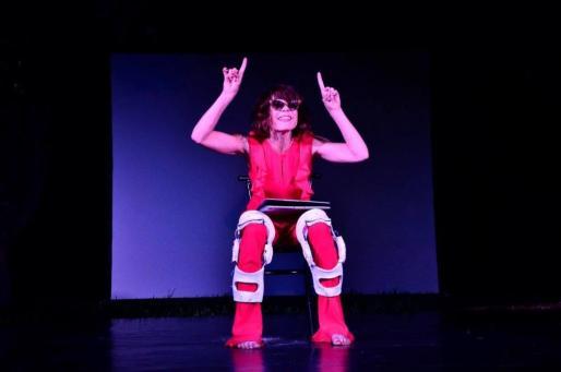 La artista Concha Vidal ofrecerá su 'performance' titulada 'Internet Obsessive Disorder' (I.O.D).