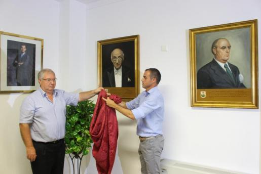 El nombramiento de Joan March como hijo ilustre y el nombre de algunas calles de Palma, en el aire
