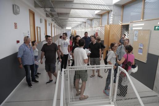 Más de 1.000 personas se han examinado en la UIB para una plaza en Correos.