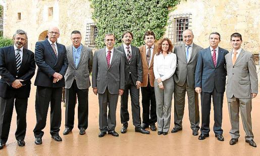 Máximo Romeral, Cristóbal Sbert, Alfonso Jiménez, Bartolomé Campaner, Carlos Botán, Ginés Perez, Olga Ramis, José Gil, Basilio Sánchez Rufo y Pedro García.