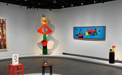 En la foto, el cuadro 'Per a Emili Fernández Miró' en el marco de la exposición en el Grand Palais.