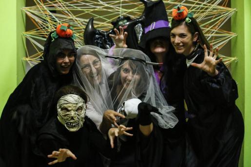 En Halloween los importante es encontrar un disfraz original y que desate el pánico.