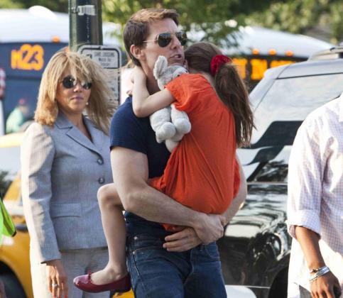 Imagen correspondiente al año 2012 del actor Tom Cruise con su hija Suri.