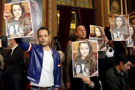 Alejandro Ortiz pidiendo en Palma soluciones a la desaparición de su hija.