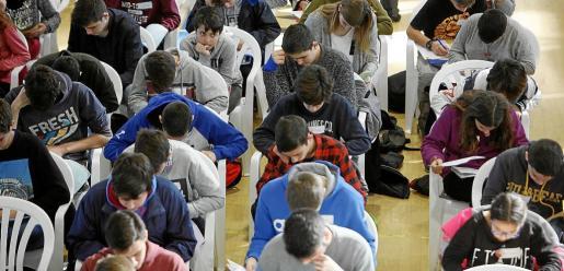 Pese al dato, la pérdida de alumnado en la última promoción de Secundaria en Balears es la más baja de los últimos años, con un 18 %
