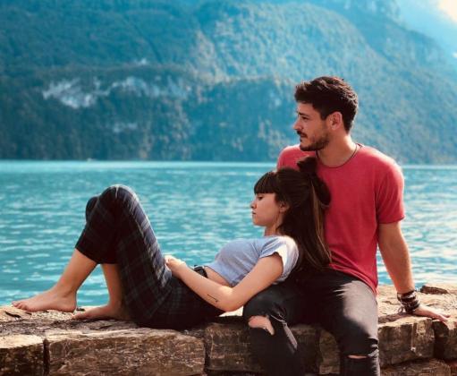 Aitana Ocaña y Luis Cepeda, de 'Operación Triunfo', en Suiza durante sus primeras vacaciones juntos.