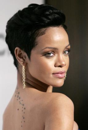 La cantante de 22 años ha sido demandada por su entrenadora personal.