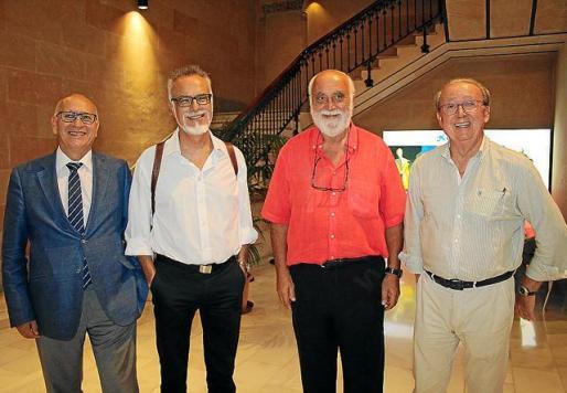 Florencio Ingelmo, Carles Manera, Pere Nicolau y Jaume Ribas.
