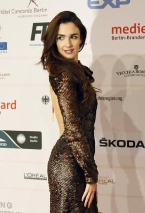La actriz Paz Vega a su llegada a la alfombra roja de la 24 edición de los European Film Awards.