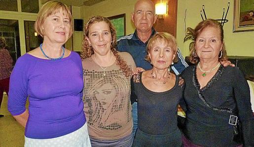 Margaret Strong, Encarna Cortés, Basilio Albillo, Loli Mellado y Teresa Ruiz.