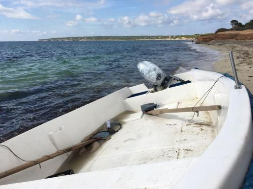 Interceptan en Formentera a dos personas más que viajaban en las pateras localizadas en Baleares.