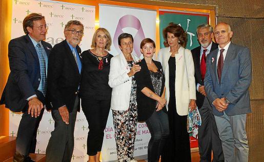 Álvaro Rodríguez Lesaure, Javier Cortés, Lina Pons, Carmen Serra, Laura Torrens, Carmen Planas, Hernán Gioseffi y Joan Torrecabota.