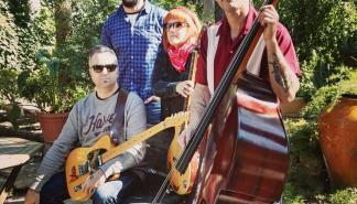 La música de Fame and the Flames suena en el Jazz Voyeur Club