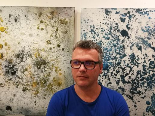 Guillem Vicens, junto a su nueva colección.